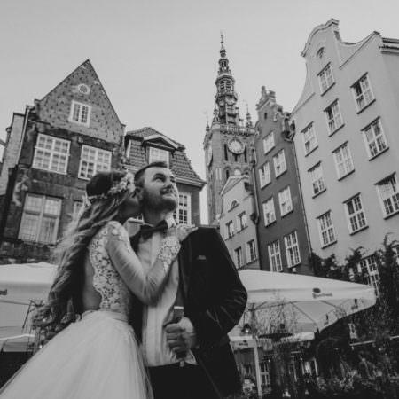 Ciekawe miejsca na sesję ślubną – wykorzystaj możliwości dużego miasta